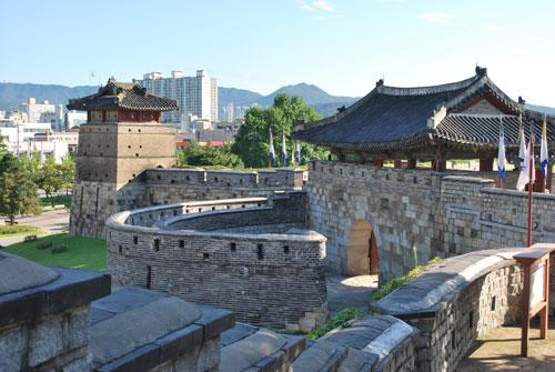 hwaseong_fortress1