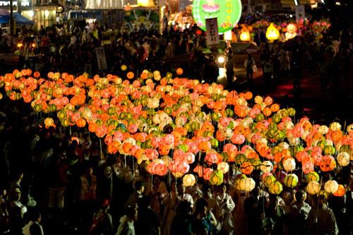 20090421_lanterns2